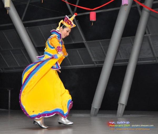 蒙古族舞蹈..