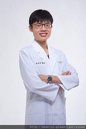 欣美牙醫形象3366.jpg