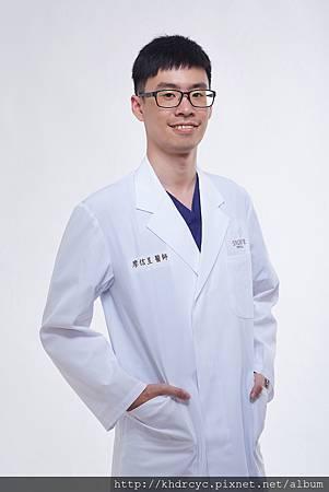 欣美牙醫形象3373.jpg