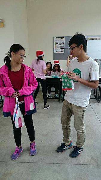 20161219紅配綠聖誕趴_161223_0211.jpg