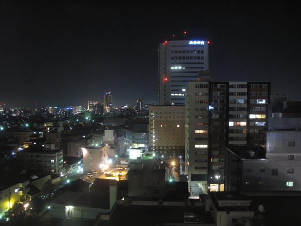 窗外的夜景.jpg