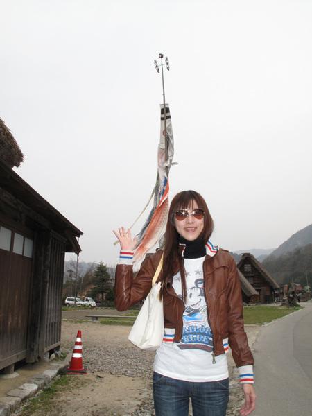 纏在一起的鯉魚旗.jpg