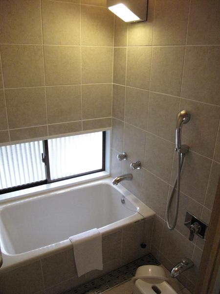 都去泡湯 沒用到的浴室.jpg