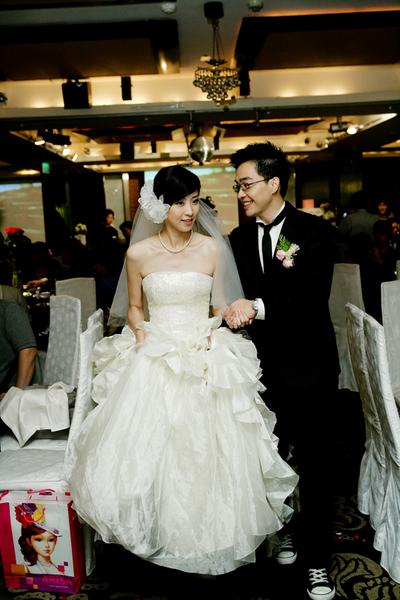20101009結婚大喜日~僑園_079.jpg