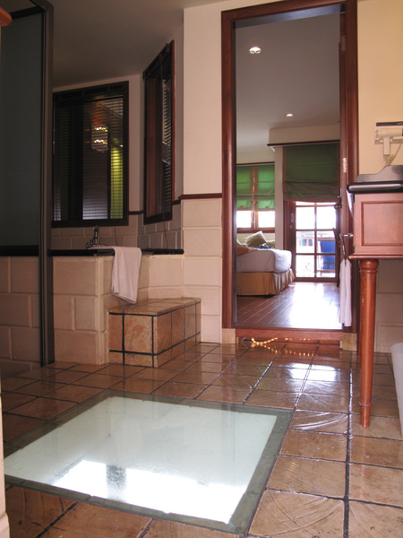門口→廁所→房間.jpg
