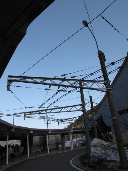 感覺很厲害的關電無軌電車.jpg