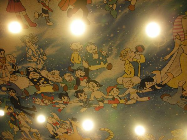 小劇場裡的壁畫.jpg