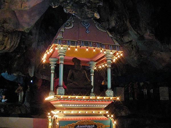 吉隆坡黑風洞旁的文化村