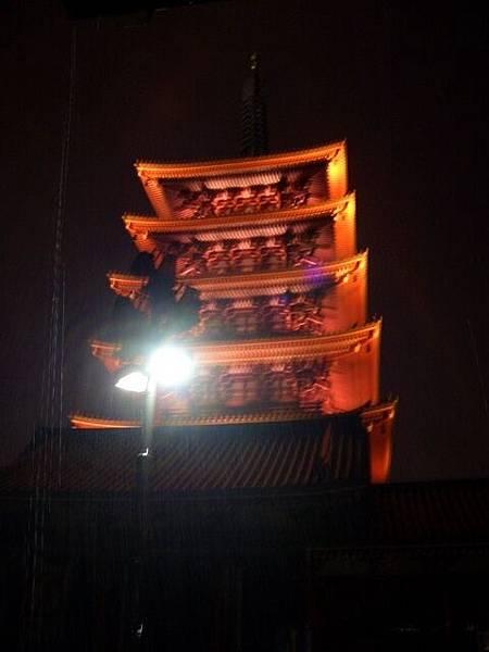 晚上的淺草寺