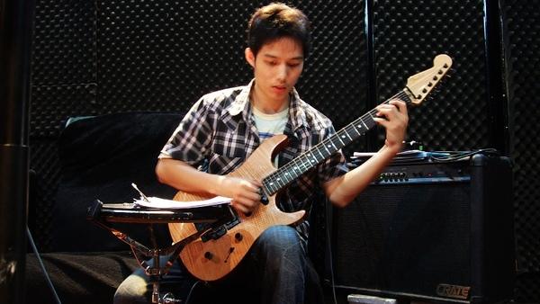 吉他手-大豪2.jpg