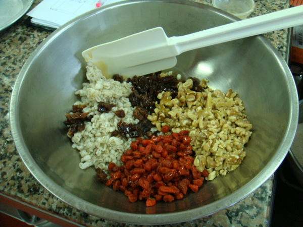 餡料入鍋攪拌