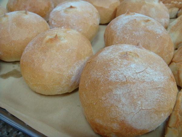 鮪魚小圓法國麵包完成版