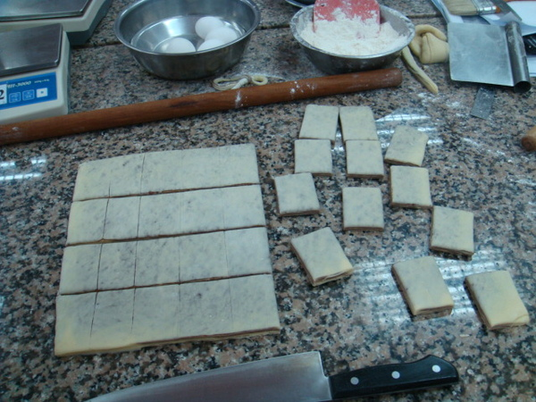 切割大理石麵包