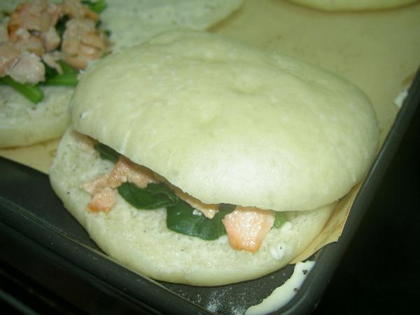 波菜鮭魚堡完成版