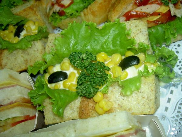 全麥雞蛋沙拉三明治