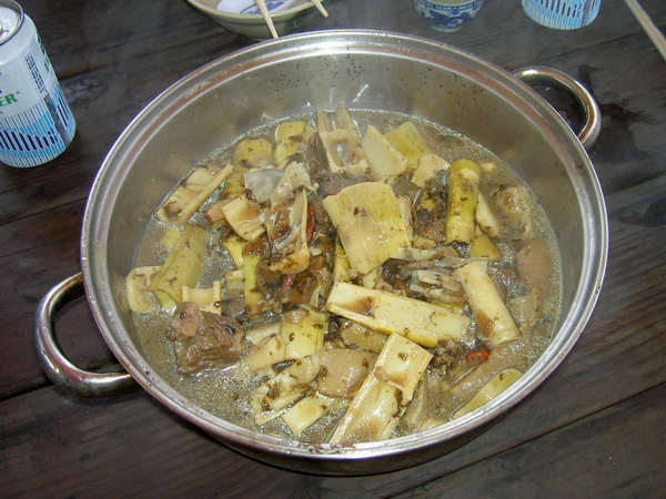 自製魯肉桂筍湯