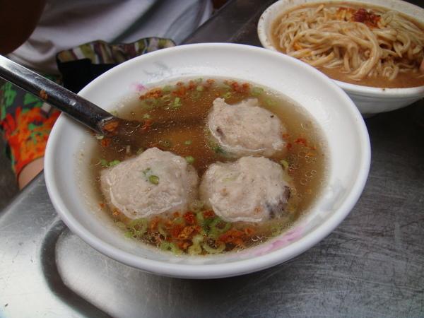 大麵章香菇魚丸湯