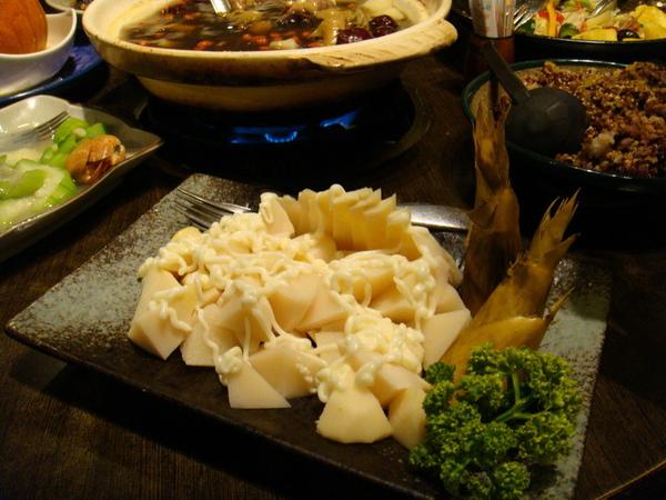 豆蒄-涼拌竹筍