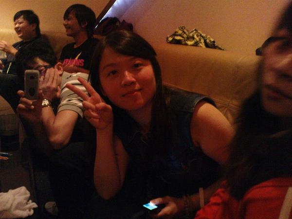 從左到右是 豆花&敏&娟