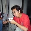 008.示範照片4 喝湯後的表情(編按...這是很難喝的意思嗎....)
