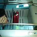 015.車廂放置行李的地方.JPG