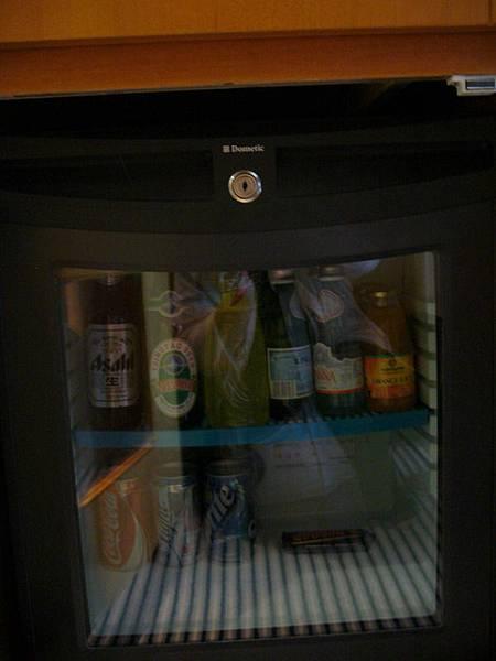 045.吧檯冰箱.jpg