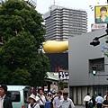 隅田川上的金色大便
