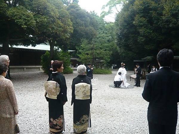 這天有人結婚