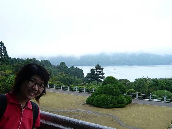 從展望館的二樓可以看蘆之湖