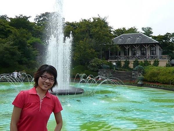 中央的噴水池