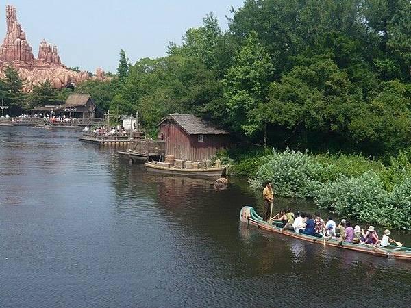 遠方那是要自己划船的活動