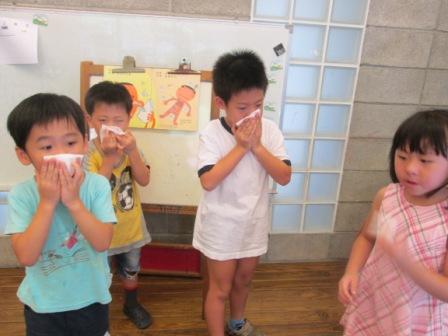 0910生活自理-擤鼻涕 (3)