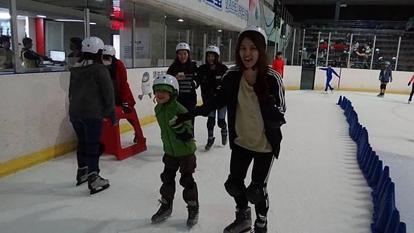 20170426小巨蛋滑冰 029.JPG