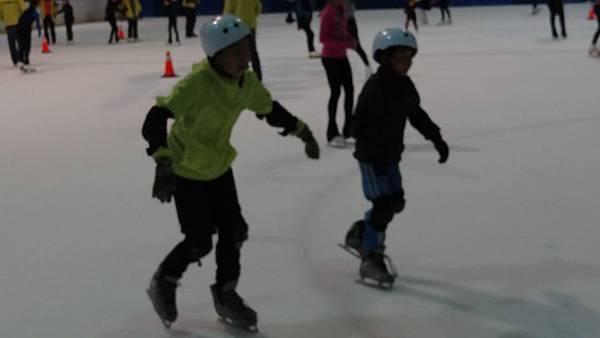 20170426小巨蛋滑冰 033.JPG