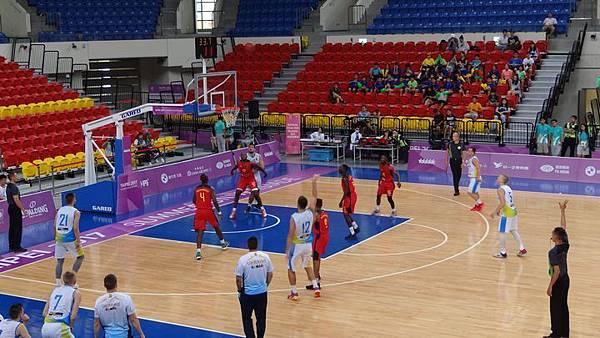 20170821王貫英圖書館、世大運籃球賽(烏克蘭v.s.莫三比克) 013.JPG