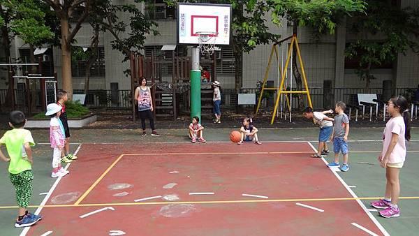 20170823市大附小打籃球 011.JPG