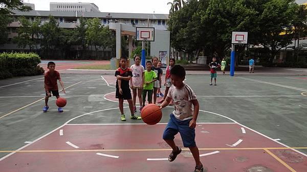20170823市大附小打籃球 012.JPG