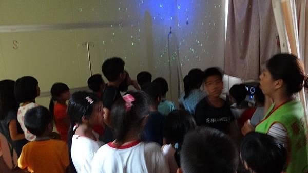 20180813 創世基金會參訪與做義工  023.JPG