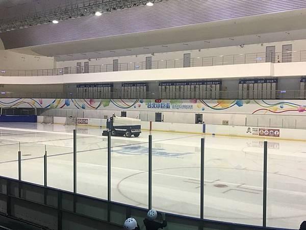20180829 調整座位與換新紗網、小巨蛋溜冰刀 027.jpg