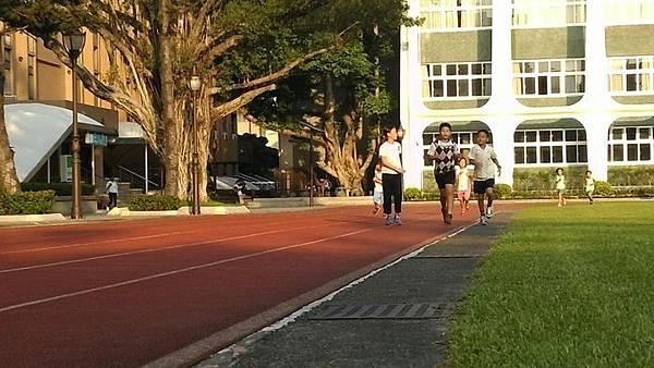 20181001 好漢坡與北市大跑步 011.jpg