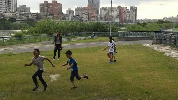20181003 市圖找旅遊景點與河濱大地遊戲 006.jpg