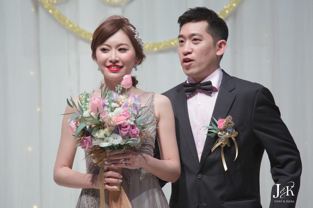 wedding211.jpg