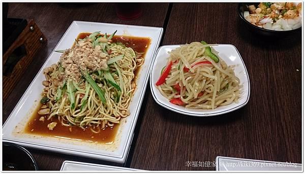 小喬新疆羊肉串 (6).JPG
