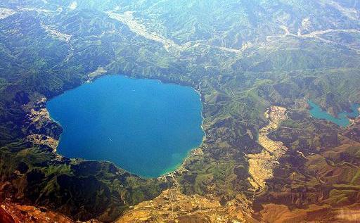 田澤湖-0