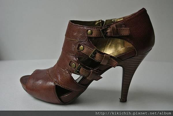 NINE WEST 露趾短靴3