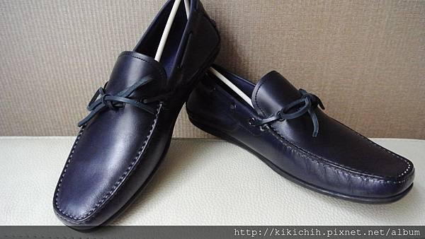 2013年1月.Salvatore Ferragamo 2012秋冬折扣男、女鞋、領帶16
