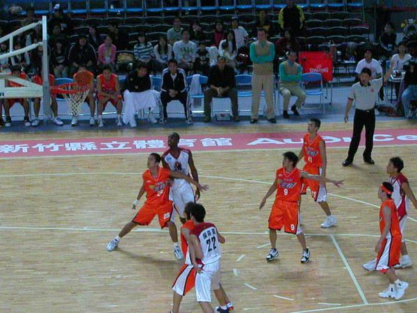 米迪亞VS台灣大比賽中
