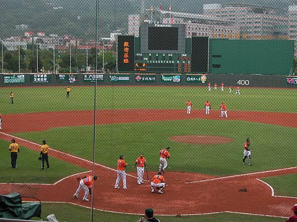賽前練習~下雨中