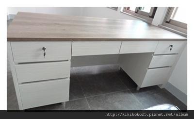 書桌 系統傢俱訂製.JPG