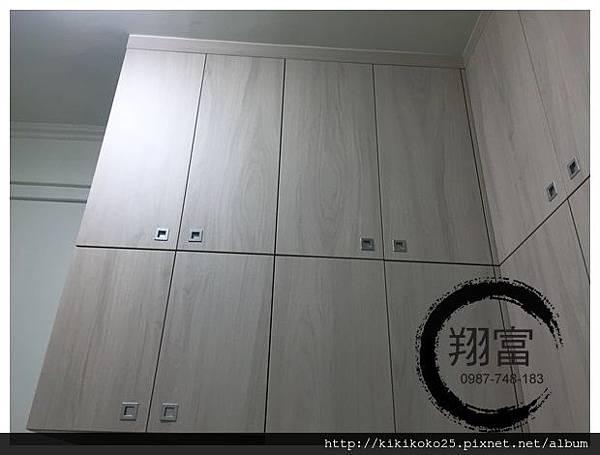 2 翔富裝潢 系統櫥櫃 衣櫃 疊櫃.JPG